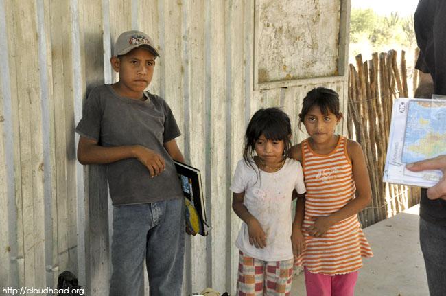atlas, children with books, book donations, Wichi, Salta